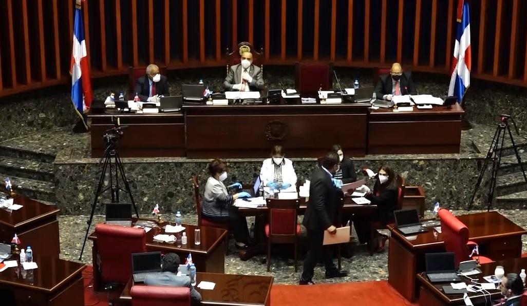 Proceso.com.do :: Senadores aprueban en un santiamén extensión de ...