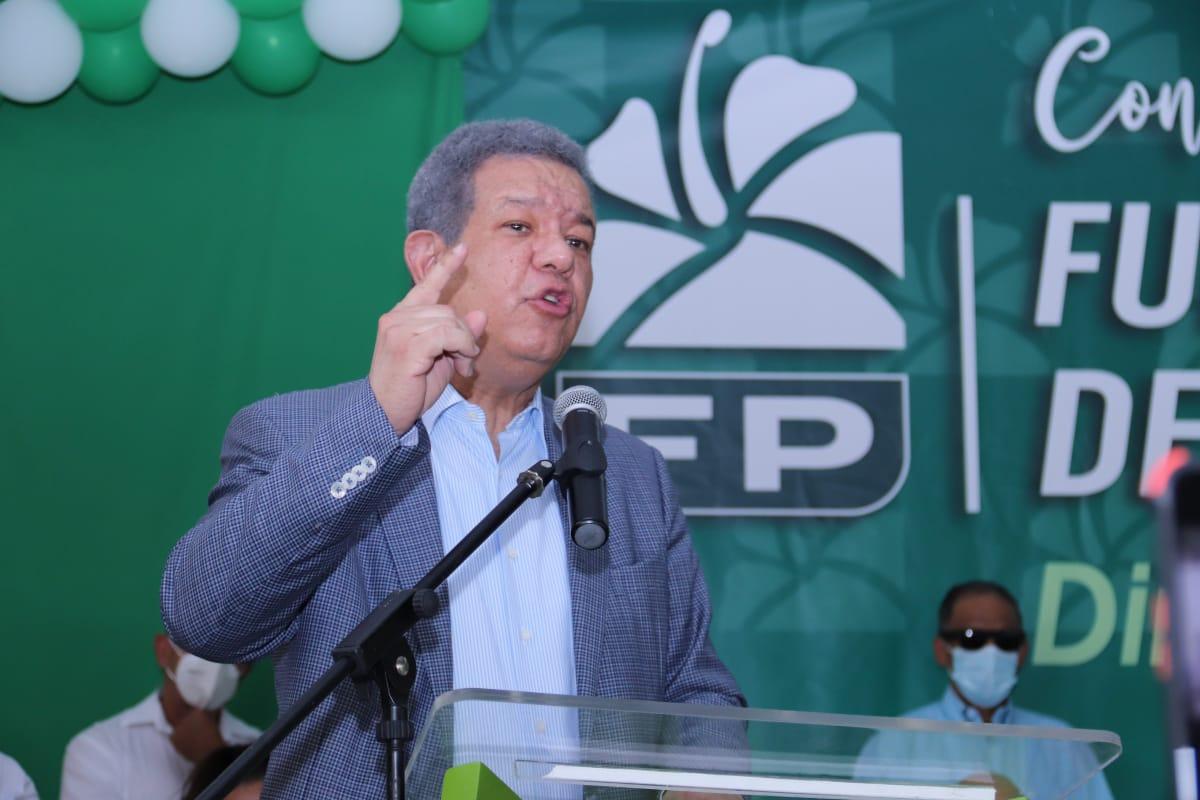 El chiste del día: Leonel anuncia en su gobierno le declarará la guerra al crimen organizado